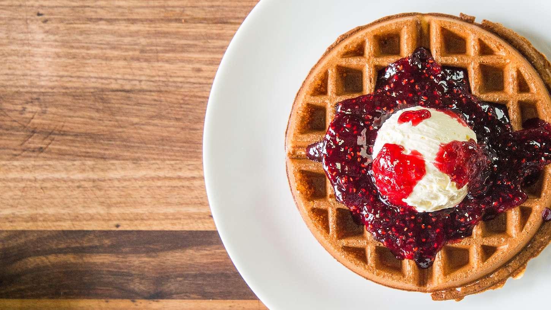 cara membuat waffle crispy - crispy waffle
