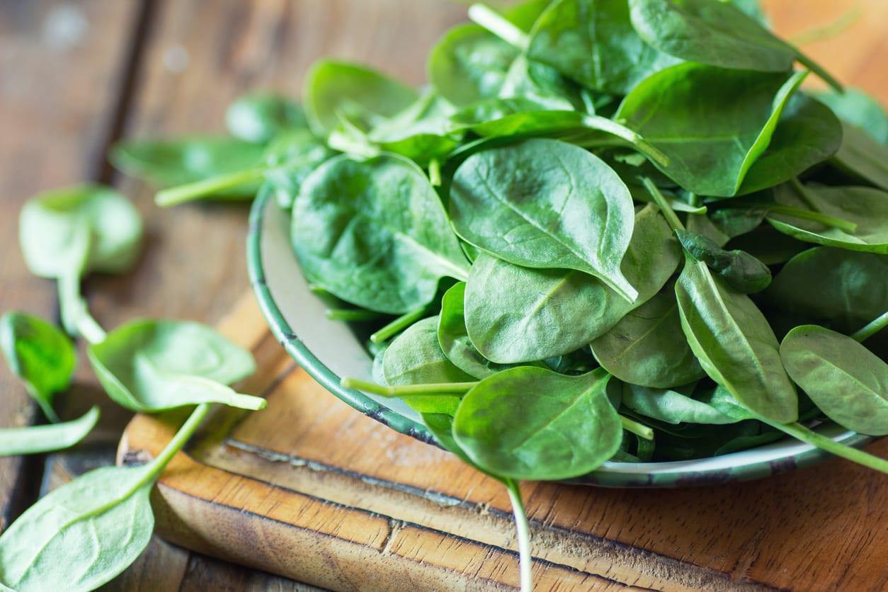 manfaat sayur bayam untuk otot